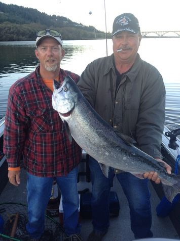 Rogue River Salmon Fishing Charter Rates